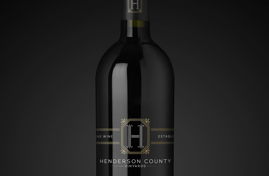 Logo / Wine Bottle Packaging Design